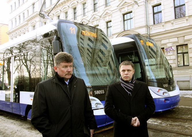 http://vesti.lv/images/stories/2013/02_feb/08/02_tram.jpg